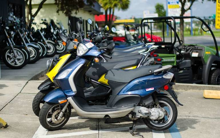 See more photos for this Genuine Scooter Company Buddy (50 cc), 2009 motorcycle listing