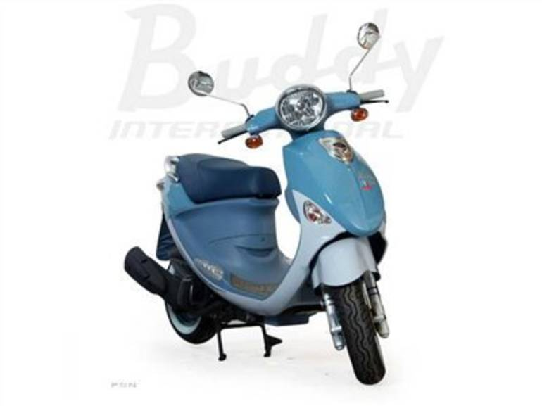 See more photos for this Genuine Scooter Company Buddy International Saint-Tropez (150 cc), 2012 motorcycle listing
