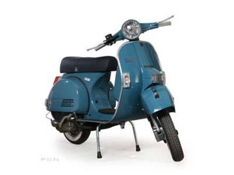 See more photos for this Genuine Scooter Company Stella 4-stroke (150 cc), 2012 motorcycle listing