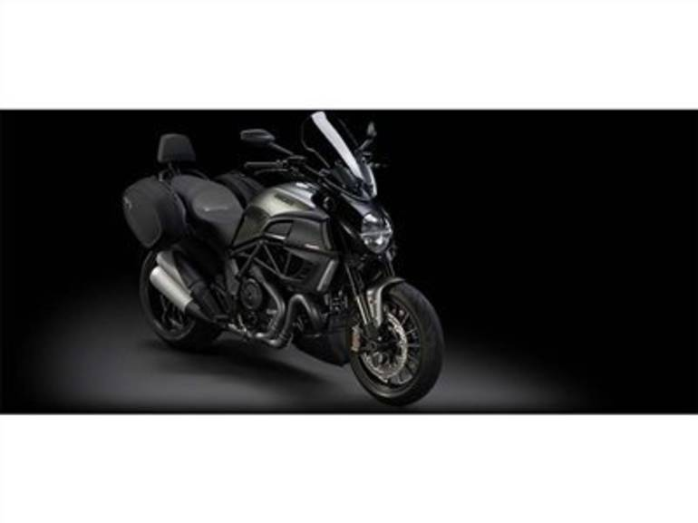See more photos for this Ducati Diavel Strada, 2014 motorcycle listing