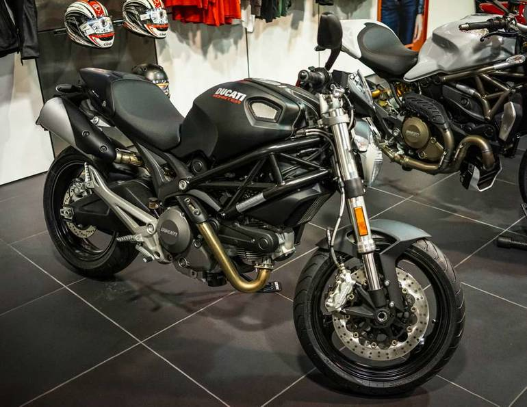 See more photos for this Ducati Monster 696, 2014 motorcycle listing