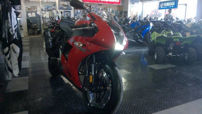 See more photos for this EBR 1190RX, 2014 motorcycle listing