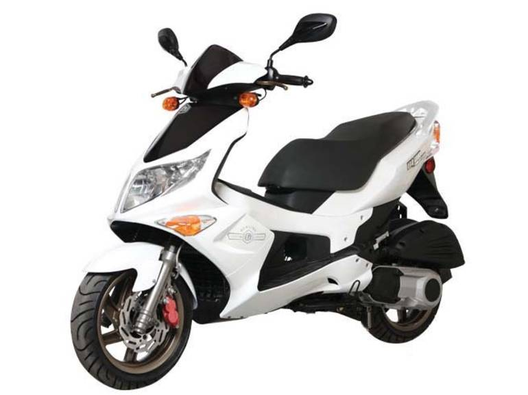 See more photos for this Genuine Scooter Company BLUR 220i, 2014 motorcycle listing