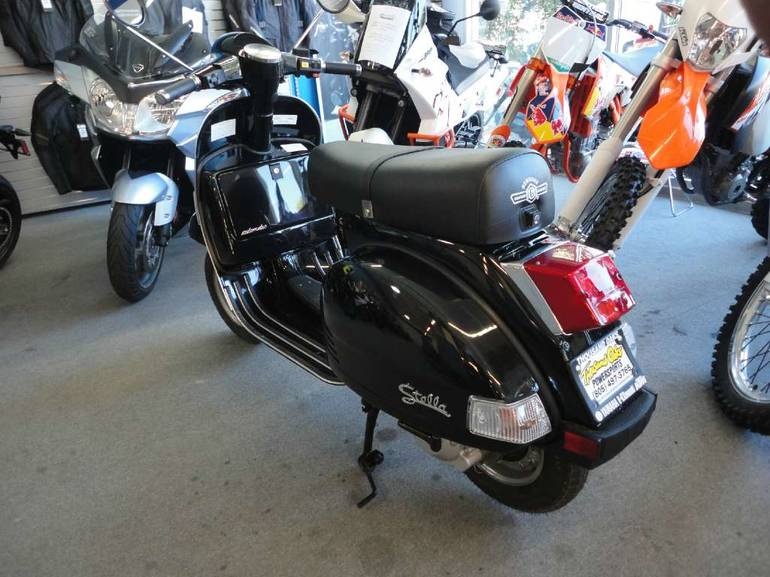 See more photos for this Genuine Scooter Company Stella Auto, 2014 motorcycle listing