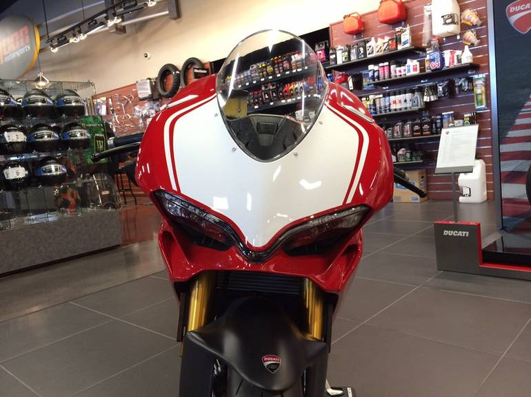 See more photos for this Ducati 1299 Panigale R Special, 2015 motorcycle listing