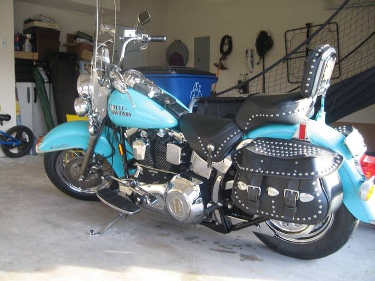 See more photos for this Harley-Davidson Heritage Softail CLASSIC, 1994 motorcycle listing