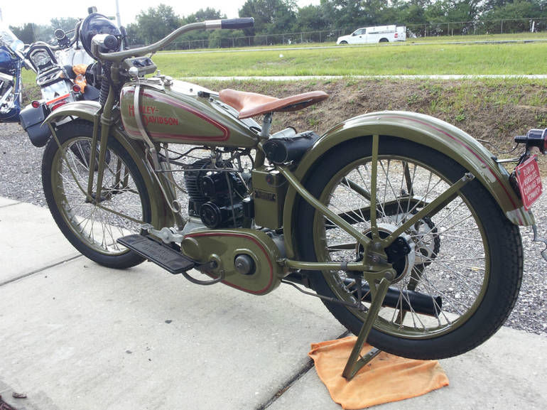 See more photos for this Harley-Davidson SINGLE CUSTOM, 1926 motorcycle listing