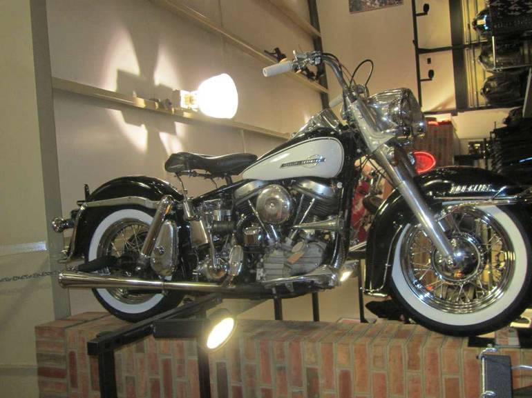 See more photos for this Harley-Davidson FL, 1964 motorcycle listing