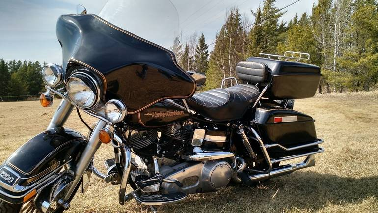 See more photos for this Harley-Davidson Electra Glide ANNIVERSARY EDITION, 1978 motorcycle listing