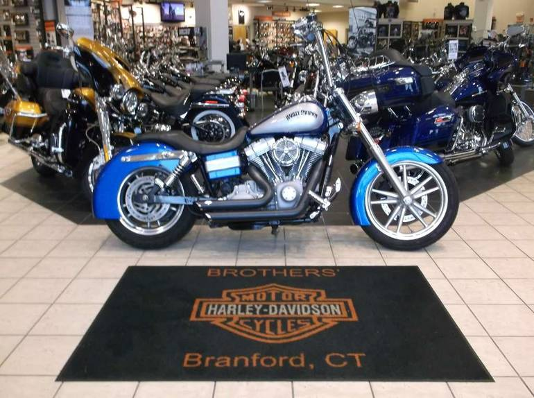 See more photos for this Harley-Davidson Dyna® Super Glide®, 2007 motorcycle listing