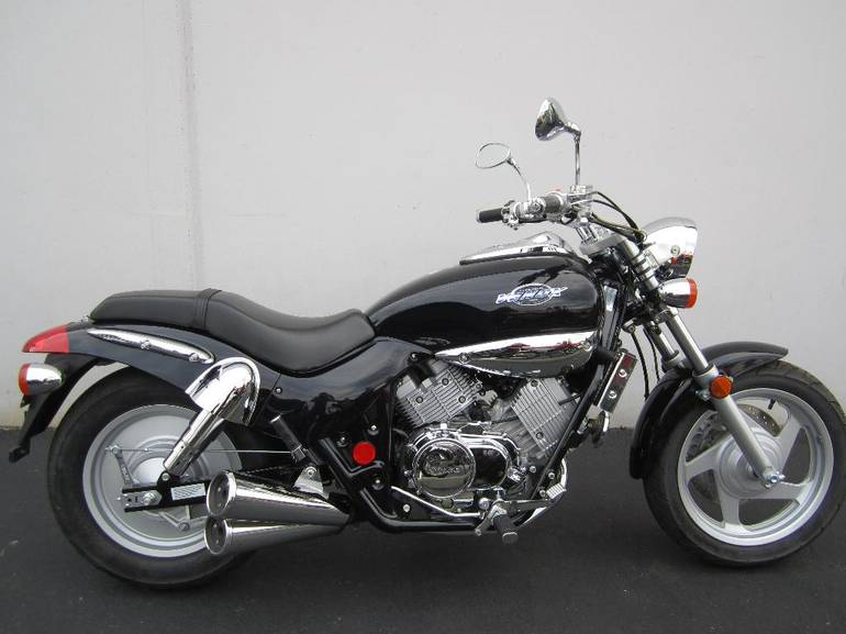 See more photos for this Kymco Venox 250, 2005 motorcycle listing