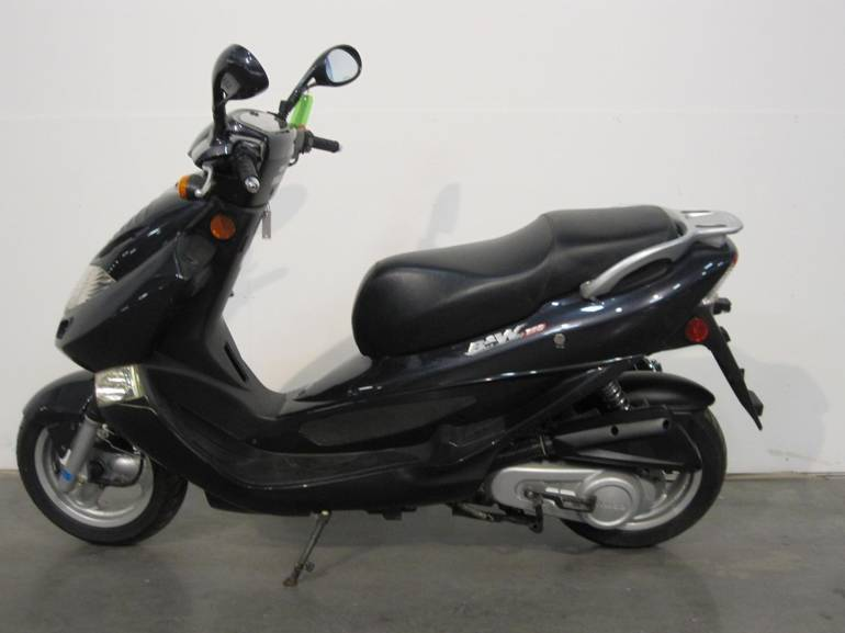 See more photos for this Kymco Bet & Win 150, 2006 motorcycle listing