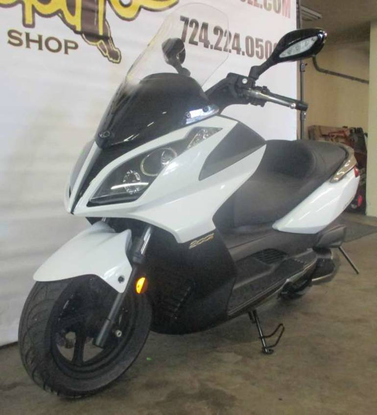 2012 Kymco Downtown 200i Motorcycle From Tarentum, PA