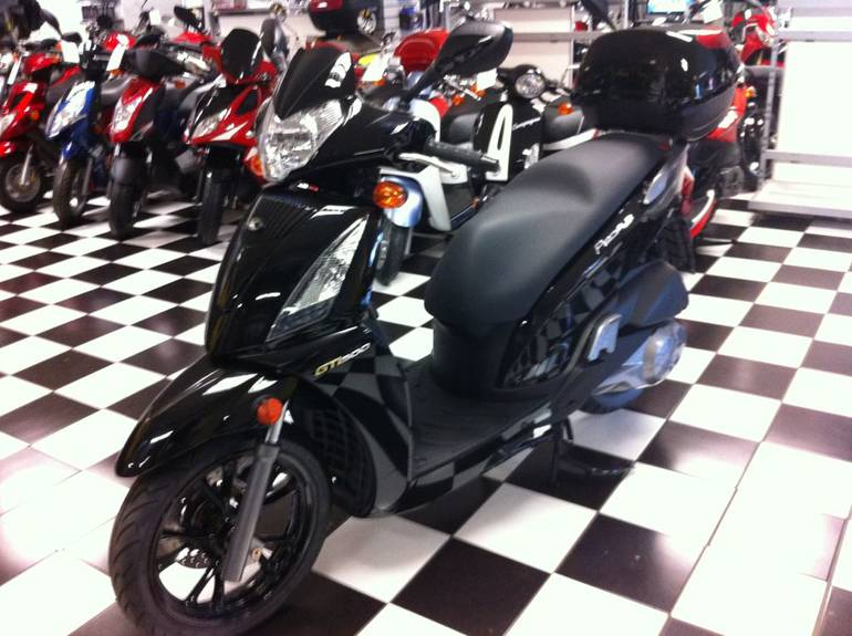 See more photos for this Kymco People GT 300i, 2013 motorcycle listing