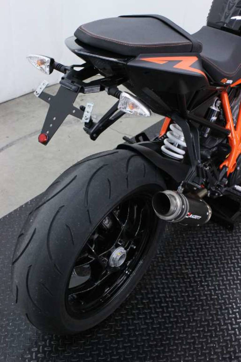 See more photos for this KTM 1290 Super Duke R, 2014 motorcycle listing