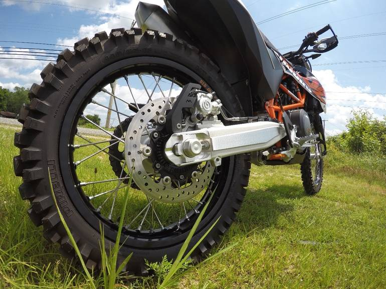 See more photos for this KTM 690 ENDURO R, 2014 motorcycle listing
