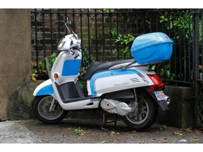 See more photos for this Kymco Like 200i LX, 2014 motorcycle listing