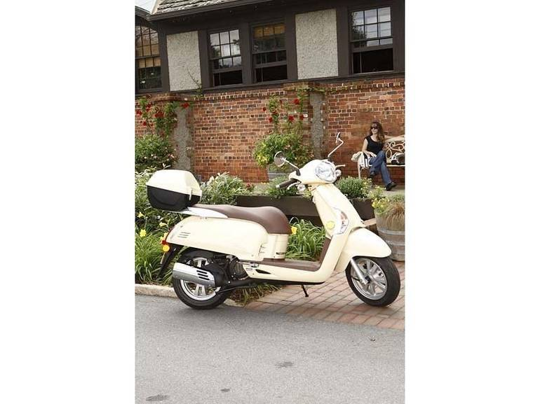 See more photos for this Kymco Like 50 2T, 2014 motorcycle listing