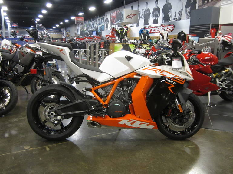 See more photos for this KTM 1190 RC8 R, 2015 motorcycle listing