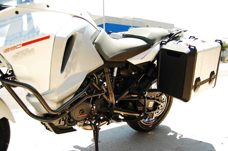 See more photos for this KTM 1290 Super Adventure, 2015 motorcycle listing
