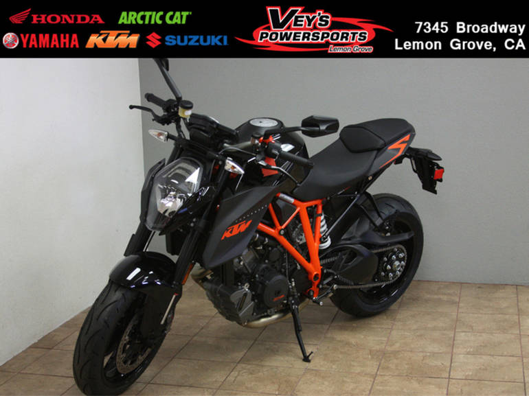 See more photos for this KTM 1290 Super Duke R ABS, 2015 motorcycle listing