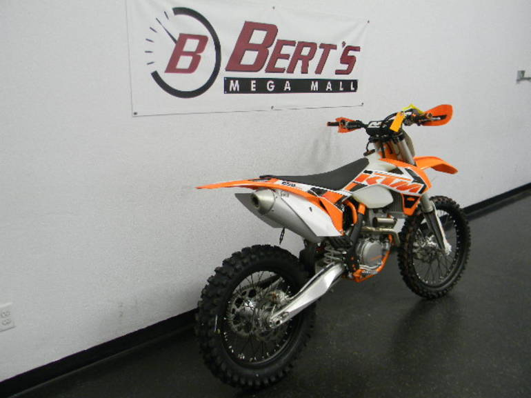 See more photos for this KTM 250 XC-F, 2015 motorcycle listing