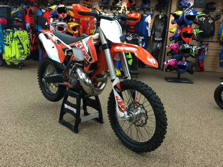 See more photos for this KTM 300 XC, 2015 motorcycle listing