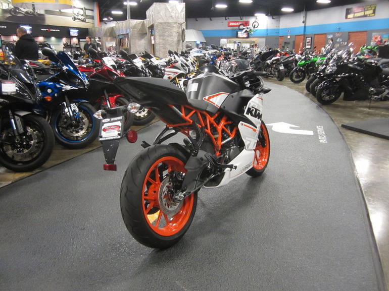 See more photos for this KTM RC 390, 2015 motorcycle listing