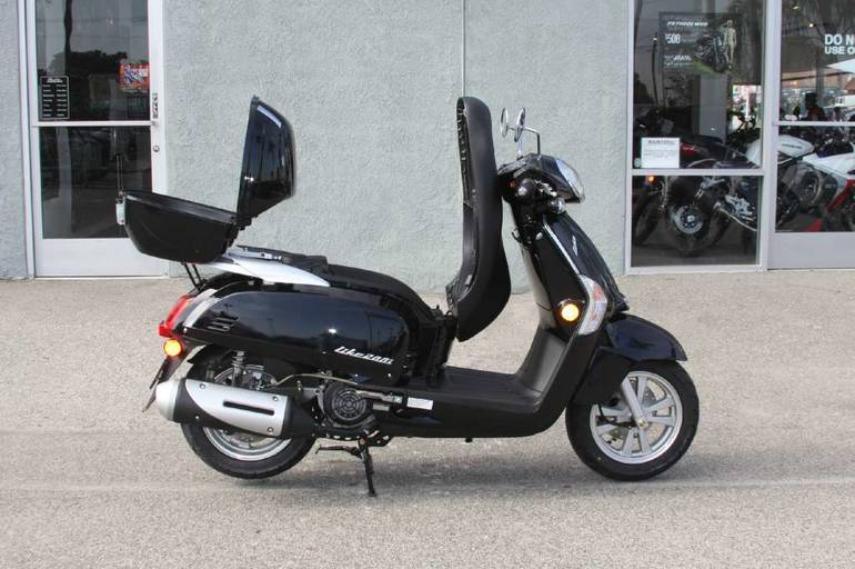 See more photos for this Kymco Like 200i, 2015 motorcycle listing