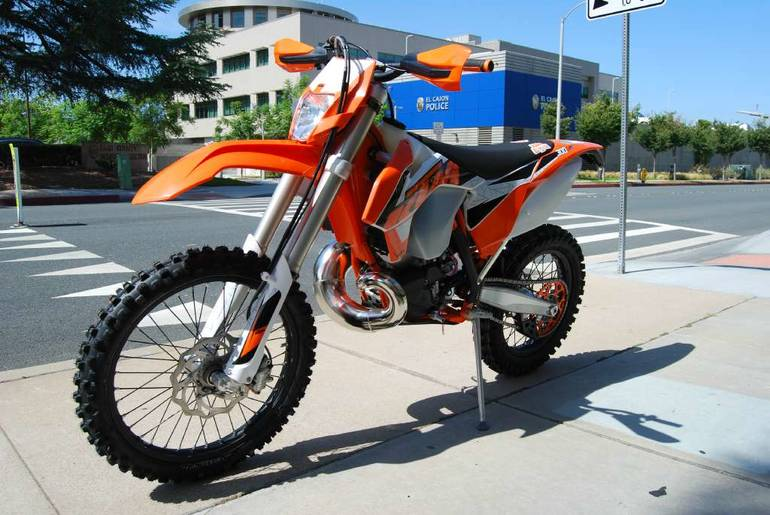 See more photos for this KTM 300 XC-W, 2016 motorcycle listing