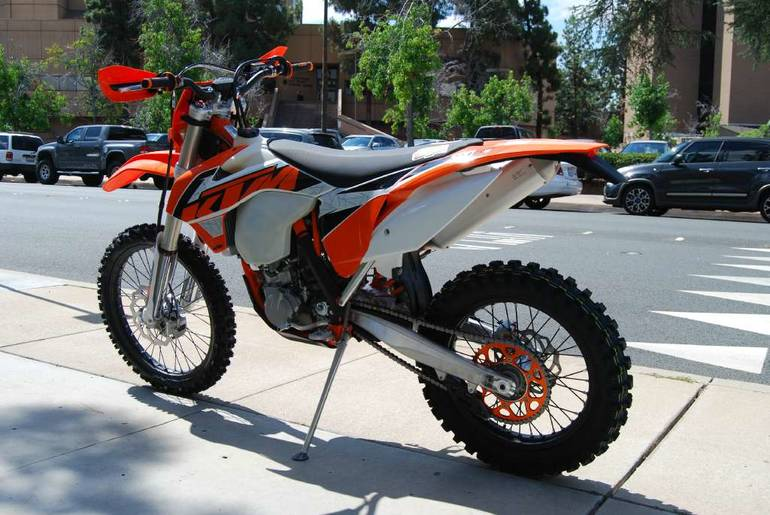 See more photos for this KTM 500 XC-W, 2016 motorcycle listing