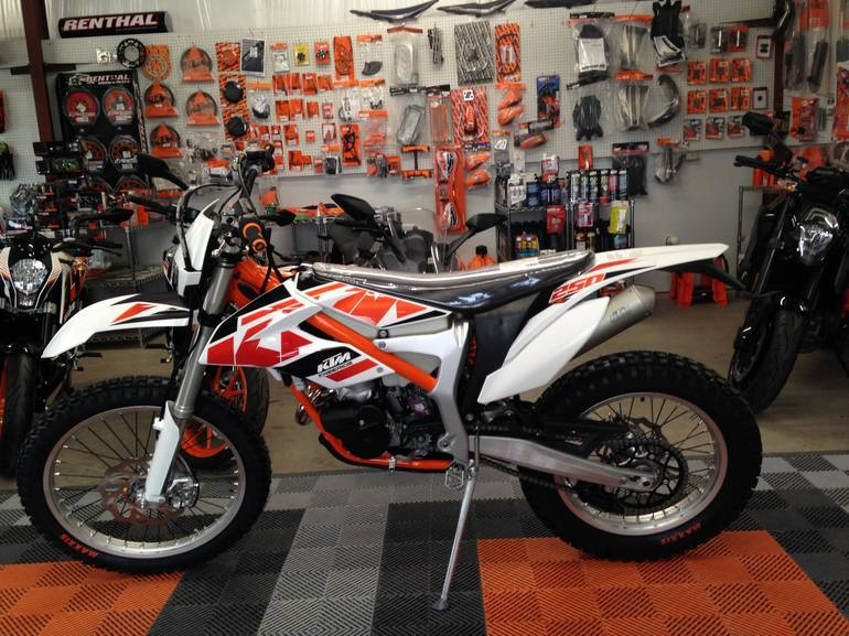See more photos for this KTM Freeride 250 R, 2016 motorcycle listing