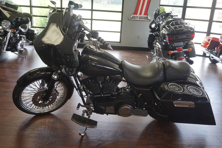 See more photos for this Harley-Davidson HARLEY DAVIDSON FLT, 1982 motorcycle listing
