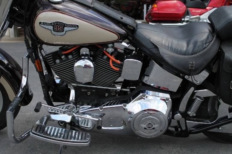 See more photos for this Harley-Davidson TRIKE KIT FOR HARLEY-DAVIDSON, 1998 motorcycle listing