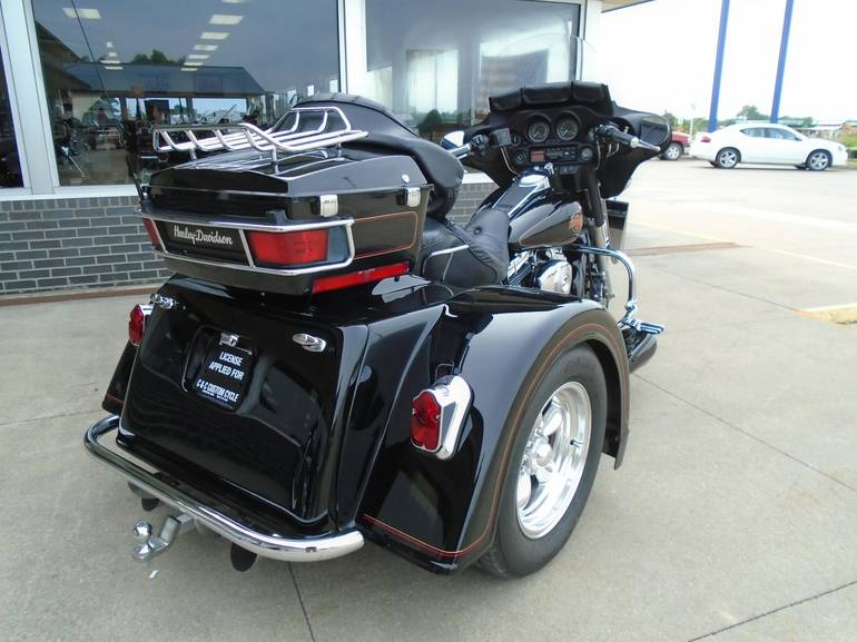 See more photos for this Motor Trike FLHTCI, 2000 motorcycle listing