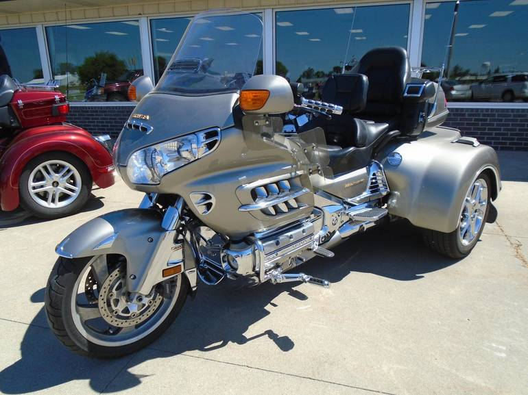 See more photos for this Road Smith GL1800, 2002 motorcycle listing