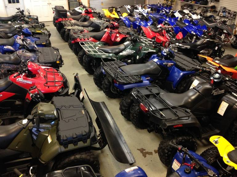 See more photos for this Arctic cat 650  V2 , 2004 motorcycle listing