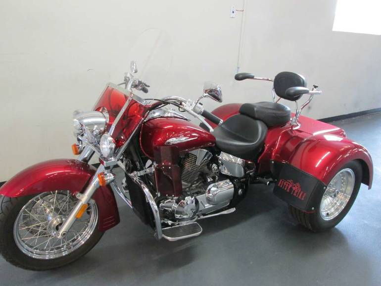 See more photos for this Road Smith VT1300 PANTHER, 2005 motorcycle listing