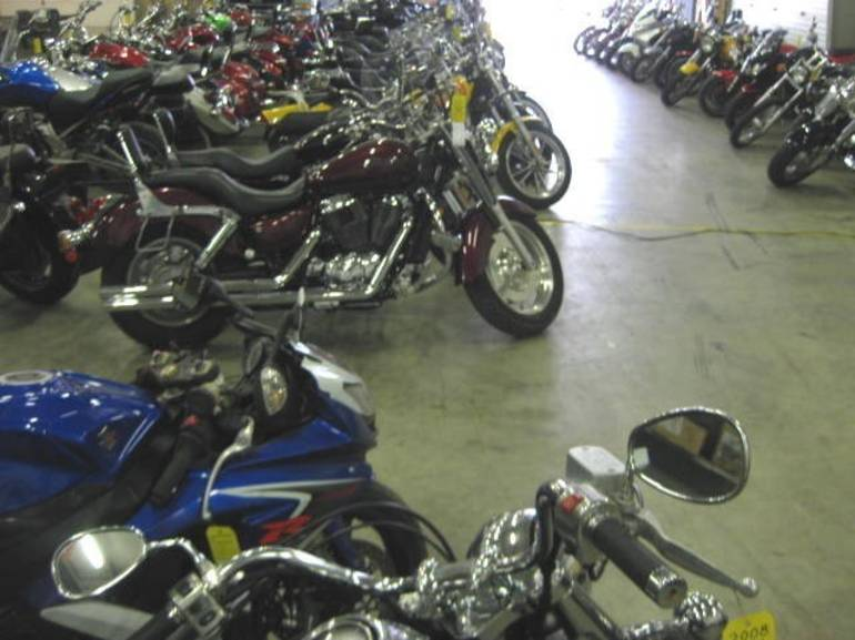 See more photos for this We Buy Bikes -------  HARLEY DAVIDSON , 2006 motorcycle listing