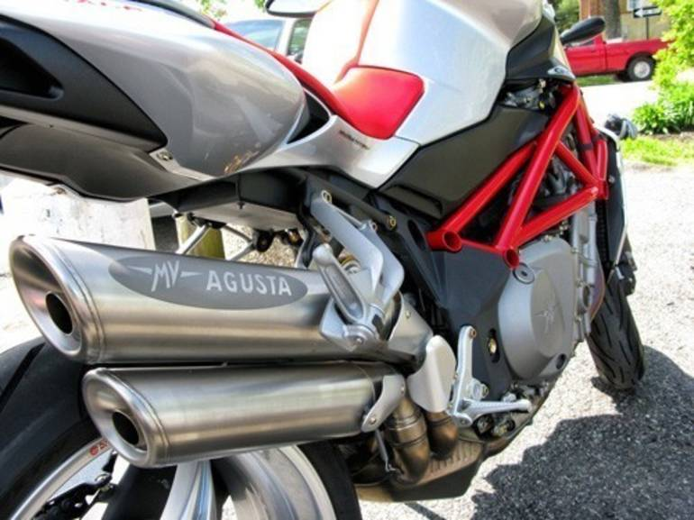 See more photos for this Mv Agusta Brutale 910S, 2008 motorcycle listing