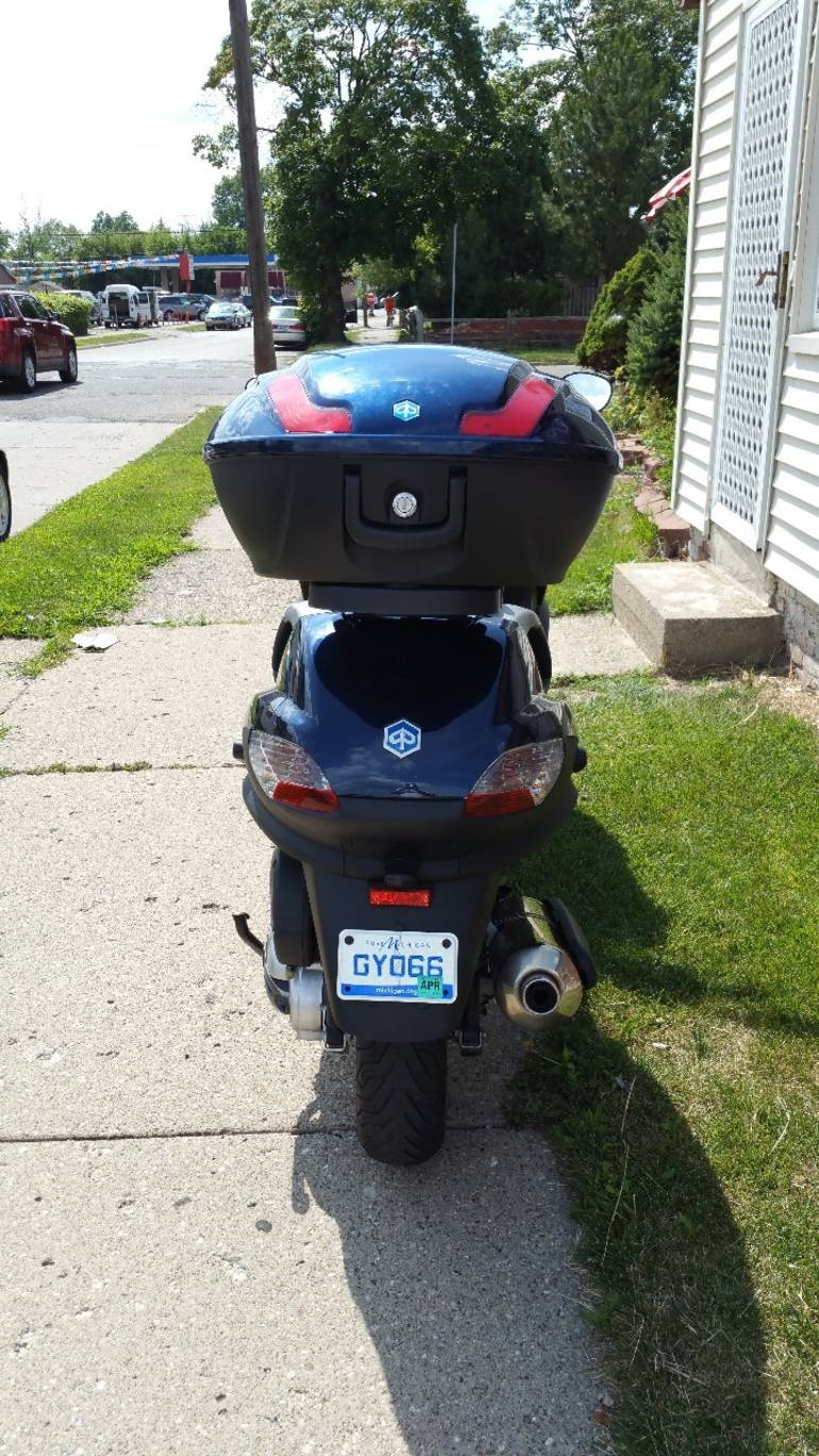 See more photos for this Piaggio Mp3 400, 2008 motorcycle listing