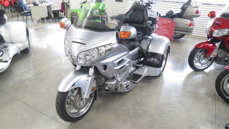 See more photos for this Motor Trike GL 1800 Spyder, 2009 motorcycle listing