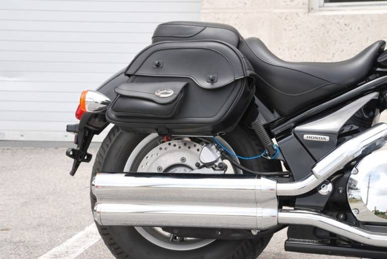 See more photos for this Sabre Vtx1300csa SHADOW, 2010 motorcycle listing