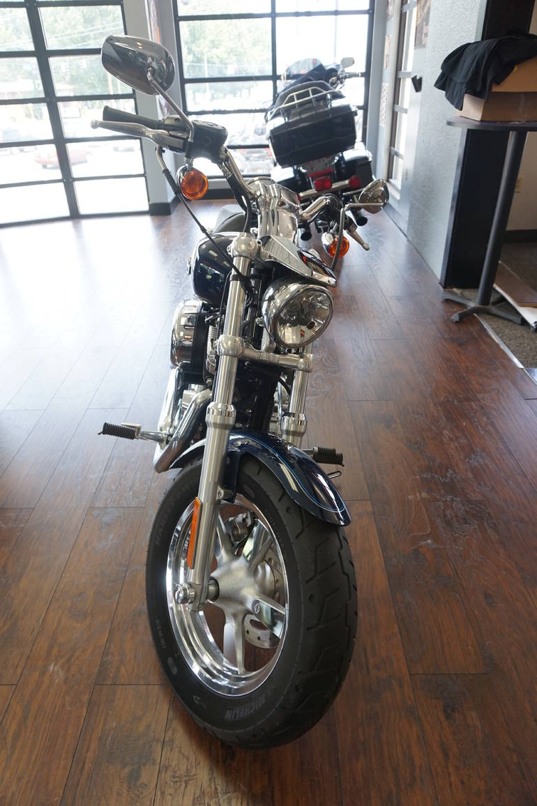 See more photos for this Harley-Davidson HARLEY DAVIDSON SPORTSTER, 2012 motorcycle listing