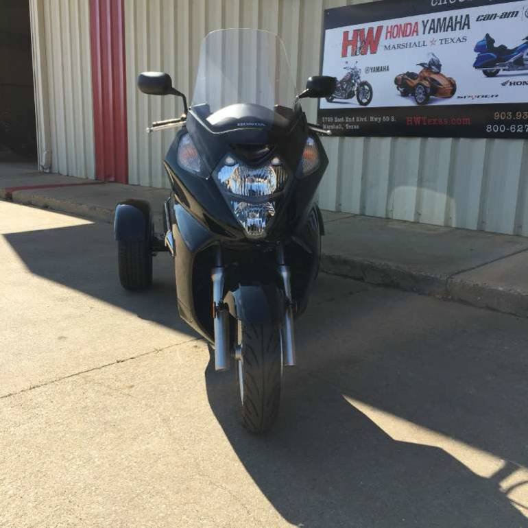 See more photos for this Motor Trike HONDA SILVERWING W/GT3 TRIKE KIT, 2012 motorcycle listing
