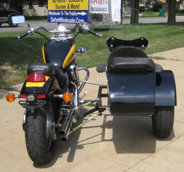 See more photos for this Gsi Classical RocketTeer Motorcycle Sidecar Kit - Honda, 2014 motorcycle listing