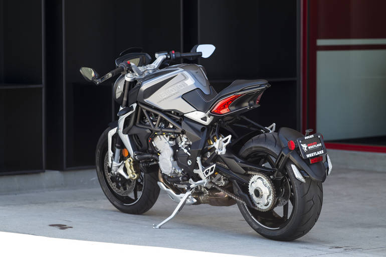 See more photos for this Mv Agusta BRUTALE 800 DRAGSTER, 2014 motorcycle listing
