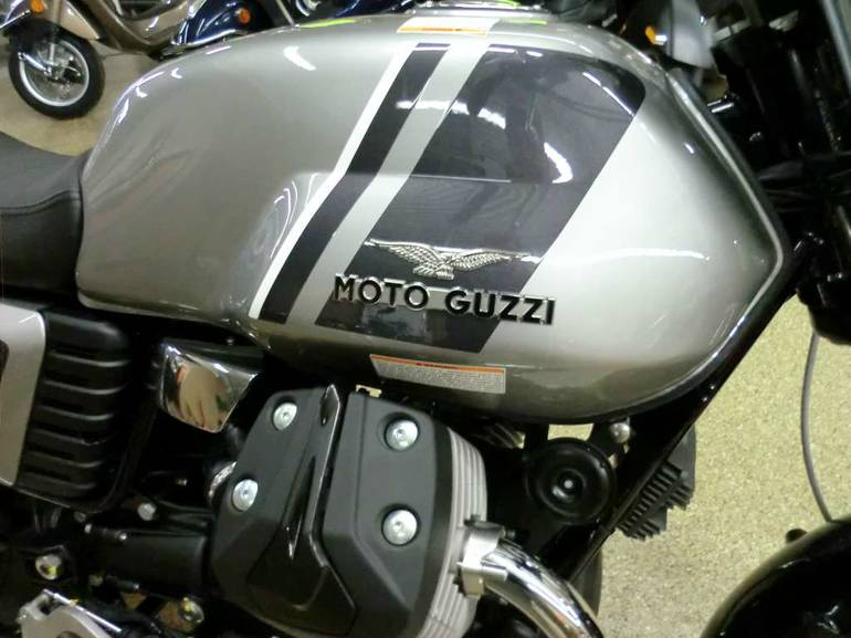 See more photos for this Moto Guzzi V7 Special, 2015 motorcycle listing