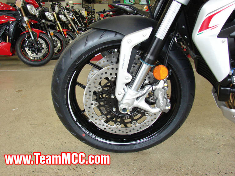 See more photos for this Mv Agusta Brutale 800 Dragster, 2015 motorcycle listing