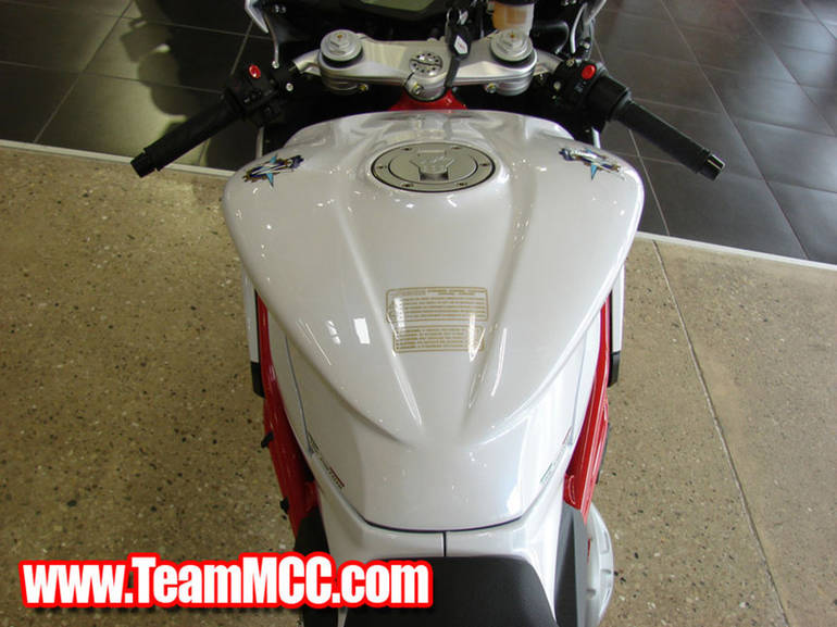See more photos for this Mv Agusta F3 675, 2015 motorcycle listing